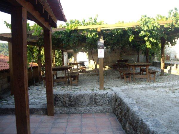 Aldea medieval recuperada de Povoa Dao en Viseu Portugal Imgp5624