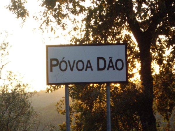 Aldea medieval recuperada de Povoa Dao en Viseu Portugal Imgp5625