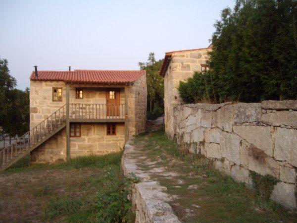 Aldea medieval recuperada de Povoa Dao en Viseu Portugal Imgp5711