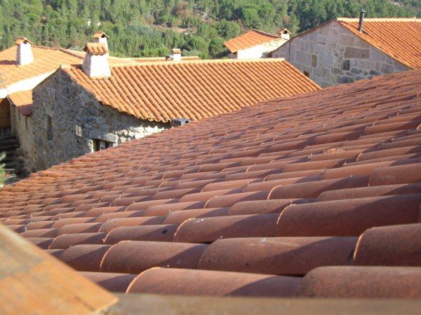 Aldea medieval recuperada de Povoa Dao en Viseu Portugal Imgp5718