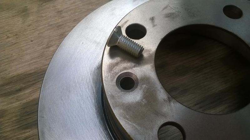 Disques arrière pas cher avec un montage simple par SIMCABOY Wp_20115