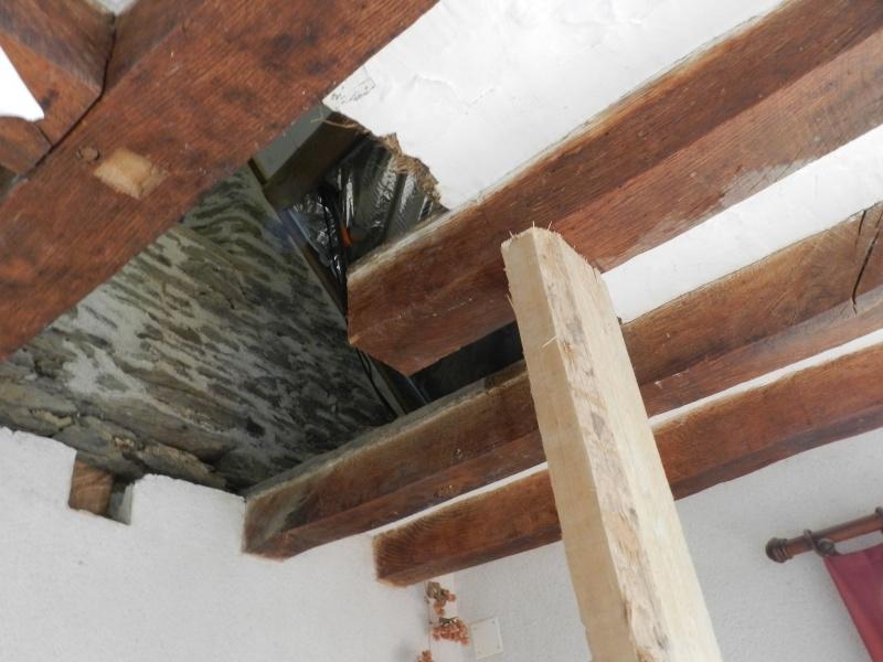 Deux nouveaux poteaux en chêne pour l'escalier Vauvyr17