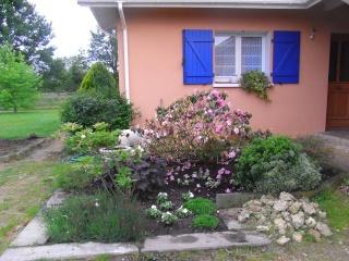 Le petit jardin....je ne pense pas vivre une éternité!!! Rimg0110