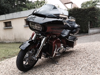 Road Glide CVO, combien sommes nous sur Passion-Harley - Page 19 Fullsi11