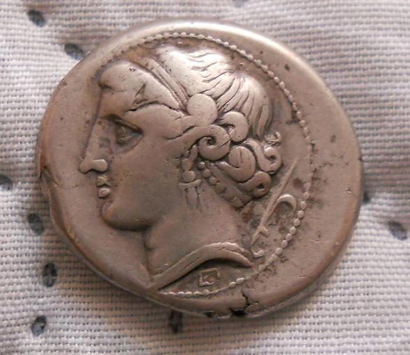 Didracma de Neapolis (actual Nápoles) Siglo III a.C. Dedicado a numismatico2013 y Ardashir Foto_010
