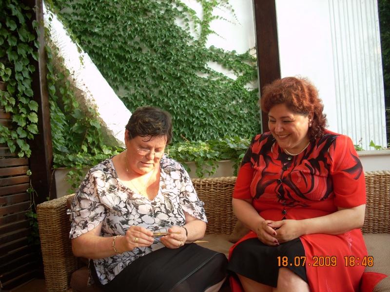 """18 iulie 2009-Volumul de versuri """"Saruta-mi lacrima""""a doamnei Atena Mariana Zara prezentat iesenilor Atena_11"""