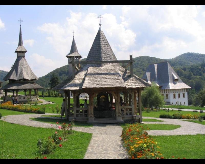 Mănăstirea Bârsana din judetul Maramureş. Clip_120
