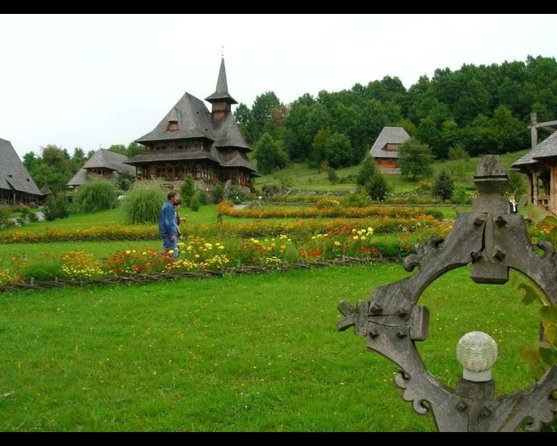 Mănăstirea Bârsana din judetul Maramureş. Clip_121