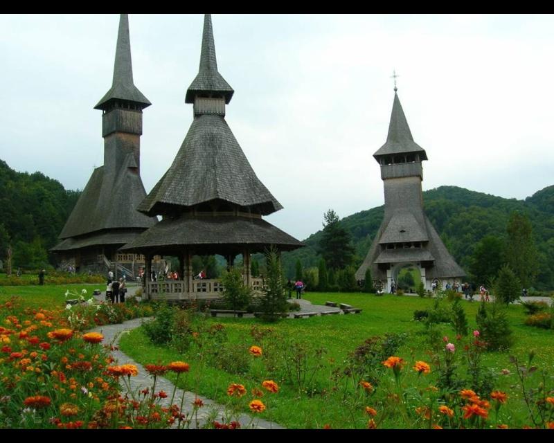 Mănăstirea Bârsana din judetul Maramureş. Clip_122