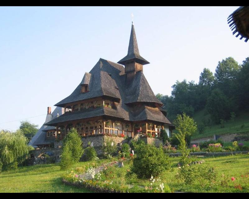 Mănăstirea Bârsana din judetul Maramureş. Clip_228