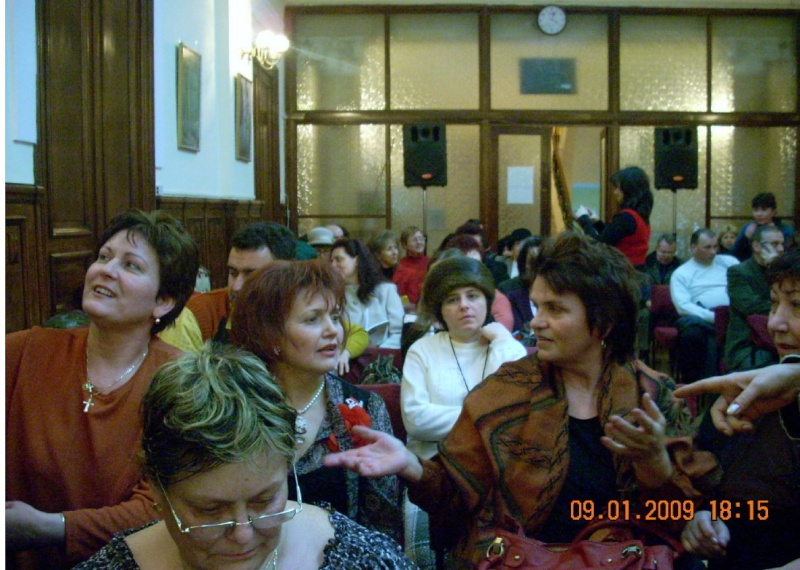09 ianuarie 2009-Lansare de carte la Galati Clip_317