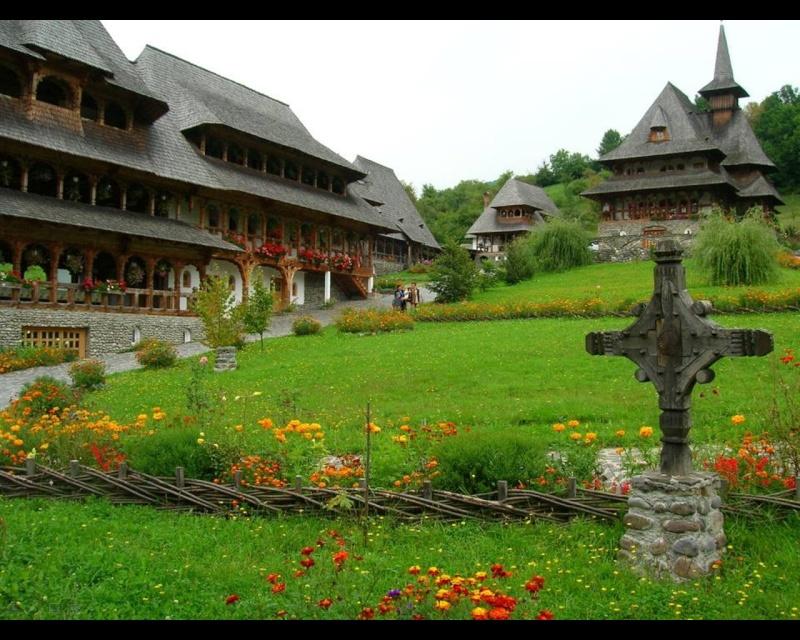 Mănăstirea Bârsana din judetul Maramureş. Clip_516