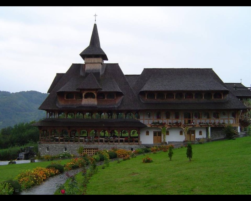 Mănăstirea Bârsana din judetul Maramureş. Clip_615