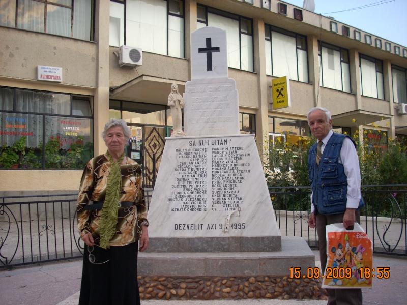 """Lansarea volumului de versuri""""Visuri Paralele""""- a lui Simion Irofei in Mahmudia -Tulcea- comuna natala Dscn0112"""