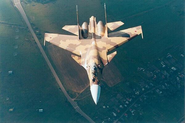 best fighter aircraft Su-37_10
