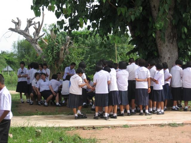 อบรมจริยธรรม นักเรียนโรงเรียนไหล่หินวิทยา Img_0413