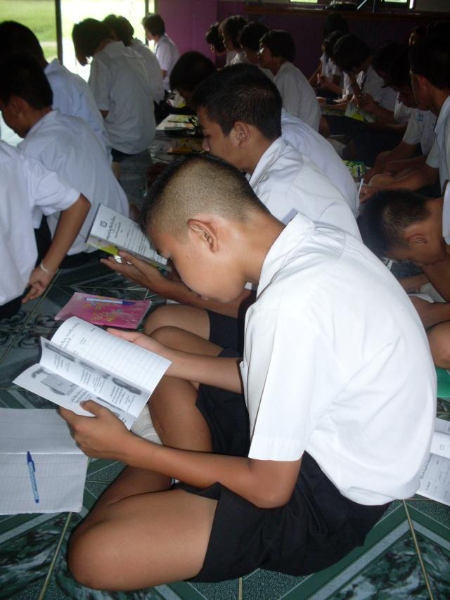 อบรมจริยธรรม นักเรียนโรงเรียนไหล่หินวิทยา Sdc12214