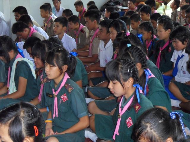 อบรมจริยธรรม นักเรียนโรงเรียนอ้อมอารี Sdc14113