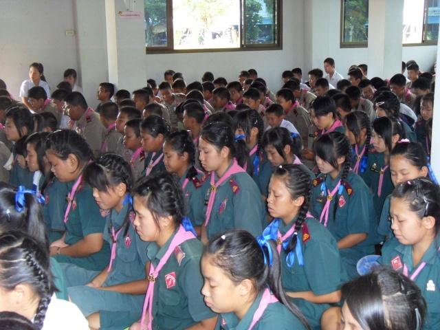 อบรมจริยธรรม นักเรียนโรงเรียนอ้อมอารี Sdc14114