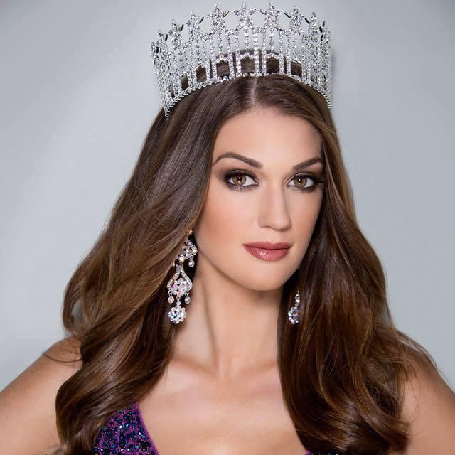 Alexandra Miller (Miss 52 USA) 11hgh810