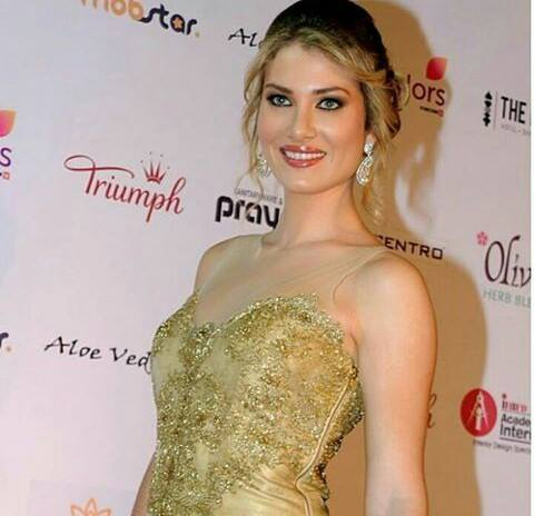 Mireia Lalaguna- MISS WORLD 2015- Official Thread - Page 2 12932910