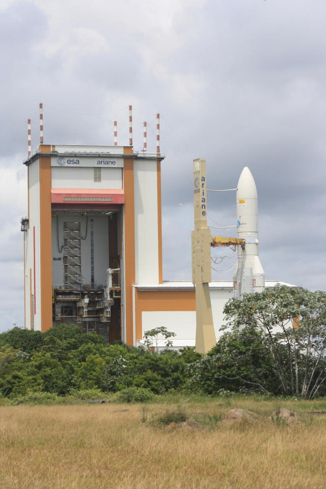 Ariane 5 ECA V190 / JCSat 12 & Optus D3 (21 août 2009, 22h09 GMT) - Page 2 Img_1213