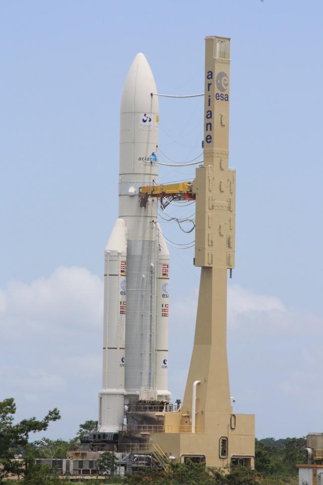 Ariane 5 ECA V190 / JCSat 12 & Optus D3 (21 août 2009, 22h09 GMT) - Page 2 Img_1216