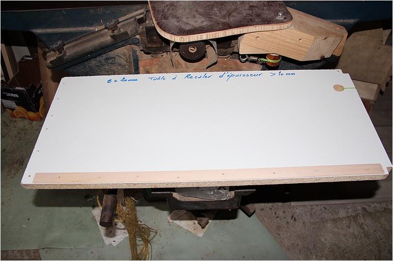 Petit meuble pour échevettes, fait en bois de récup ou venant de chutes. Img_2640