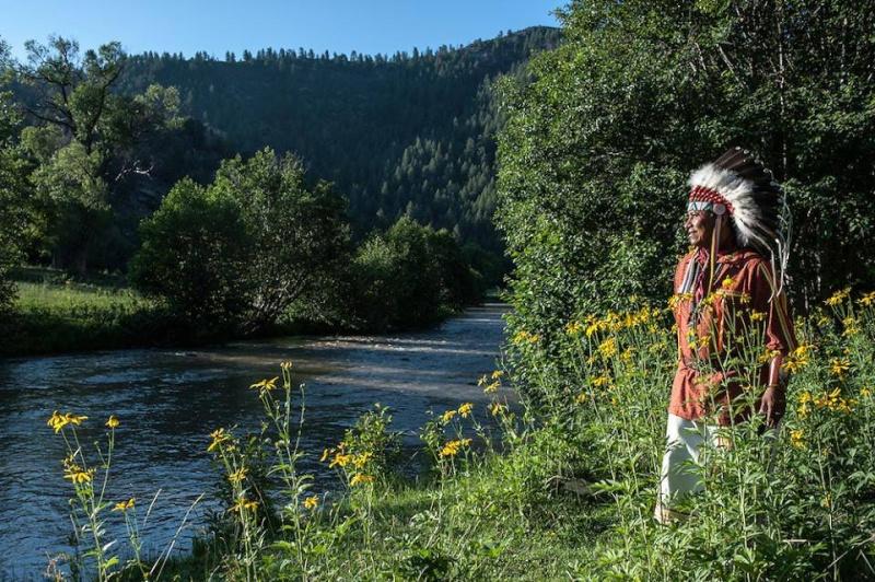Ici tout sur les Amérindiens bijoux ,histoires ,liens ect...... - Page 7 12472210