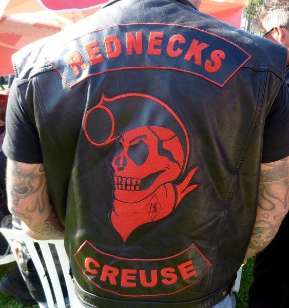 Couleurs des differents clubs de bikers - Page 15 54956010