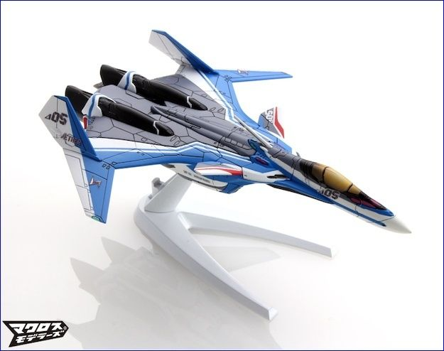 Les séries Bandai Mecha Collection Macross Delta VF-31J & VF-171 enfin libérés! Vf-31j11