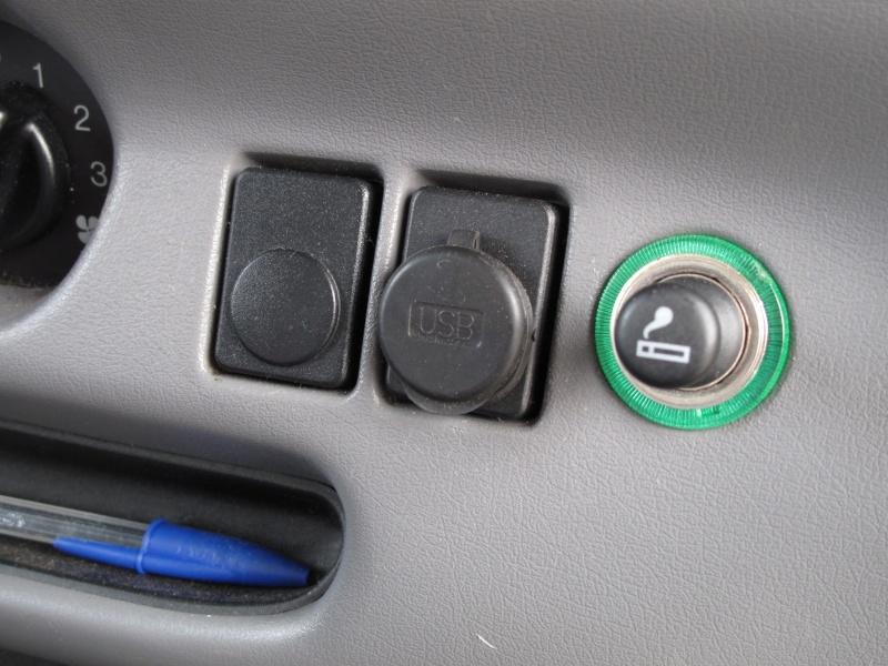 [Mk5] - Chassis cab' caisse déménagement - Page 2 Img_0913