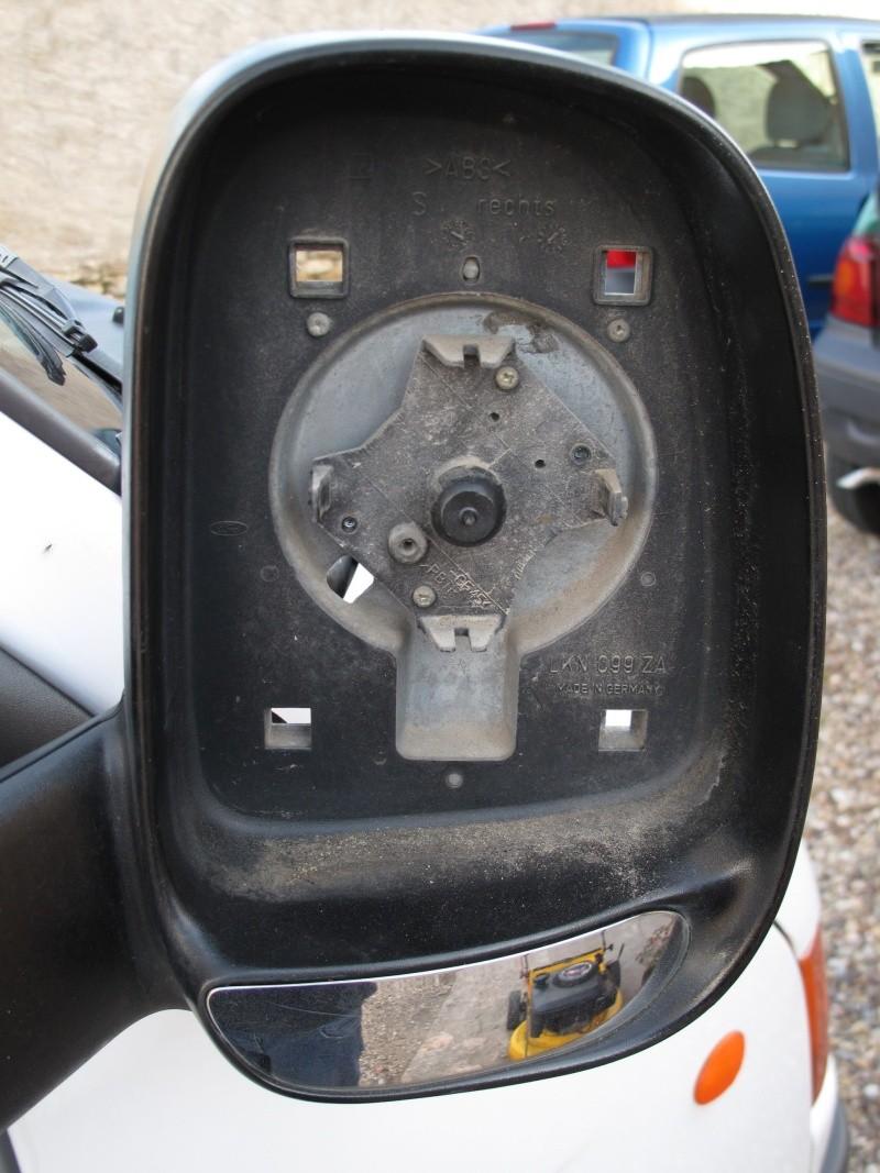 [Mk5] - Chassis cab' caisse déménagement - Page 2 Img_0924
