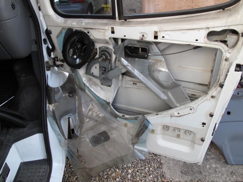 [Mk5] - Chassis cab' caisse déménagement - Page 2 Img_0926