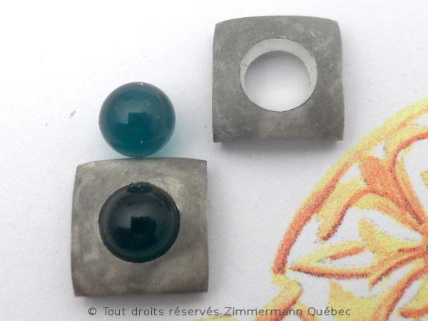 B.O. Boules agate vertes non percé serti sur un carré de 9 mm X 9 mm Dscn8818