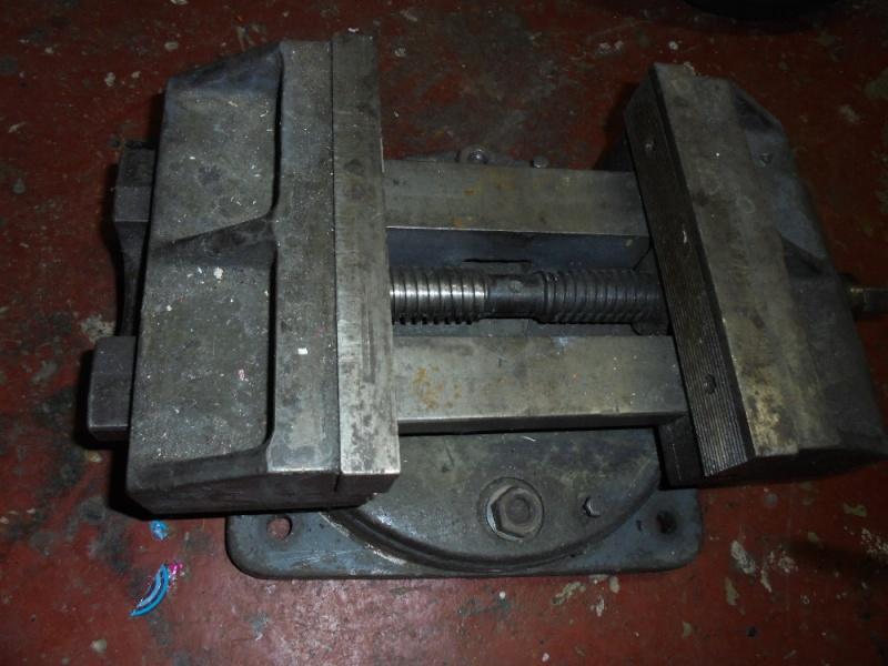 Gros étau machine Dsc00510