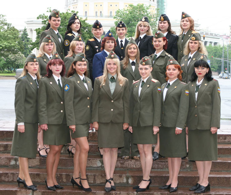 les miss du mois de mai  dans l'armée russe ( en photos) 111