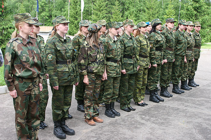 les miss du mois de mai  dans l'armée russe ( en photos) 211