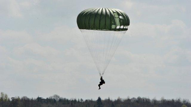 10 parachutistes blessés au camp de Caylus Maxnew10