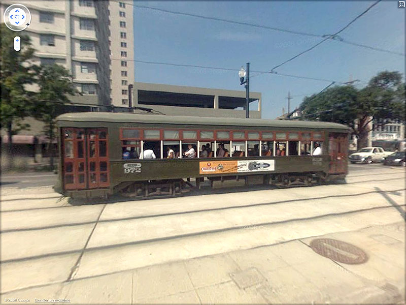 STREET VIEW : les tramways en action Sans_t26