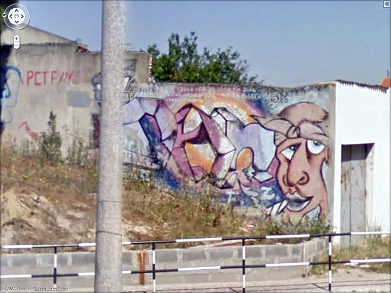 STREET VIEW : graffitis et tags vus de la Google Car Sans_t41