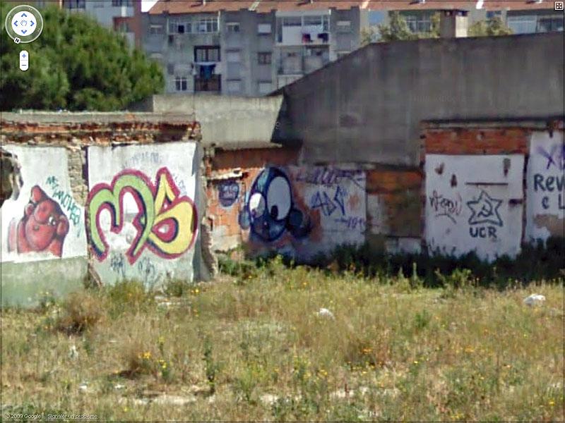 STREET VIEW : graffitis et tags vus de la Google Car Sans_t43