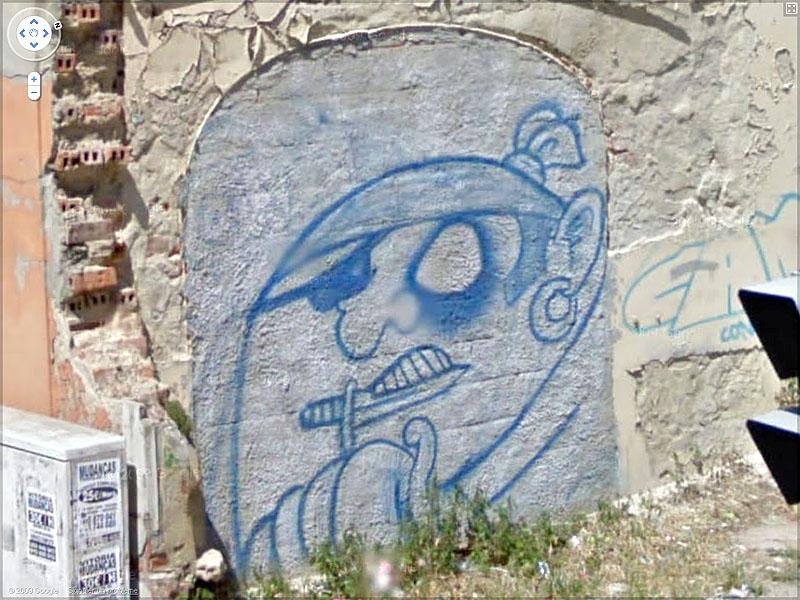 STREET VIEW : graffitis et tags vus de la Google Car Sans_t45