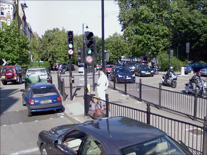 STREET VIEW : En toute discrétion... Sans_t57