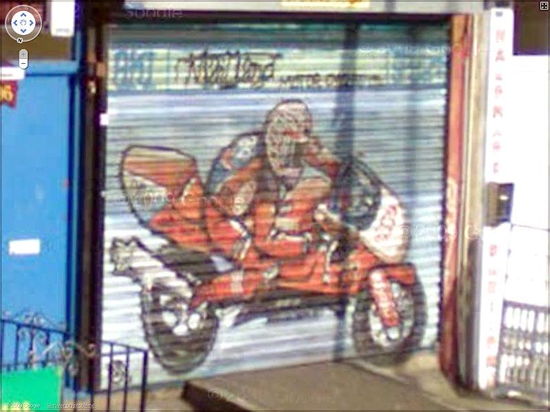 STREET VIEW : graffitis et tags vus de la Google Car - Page 2 Sans_t84