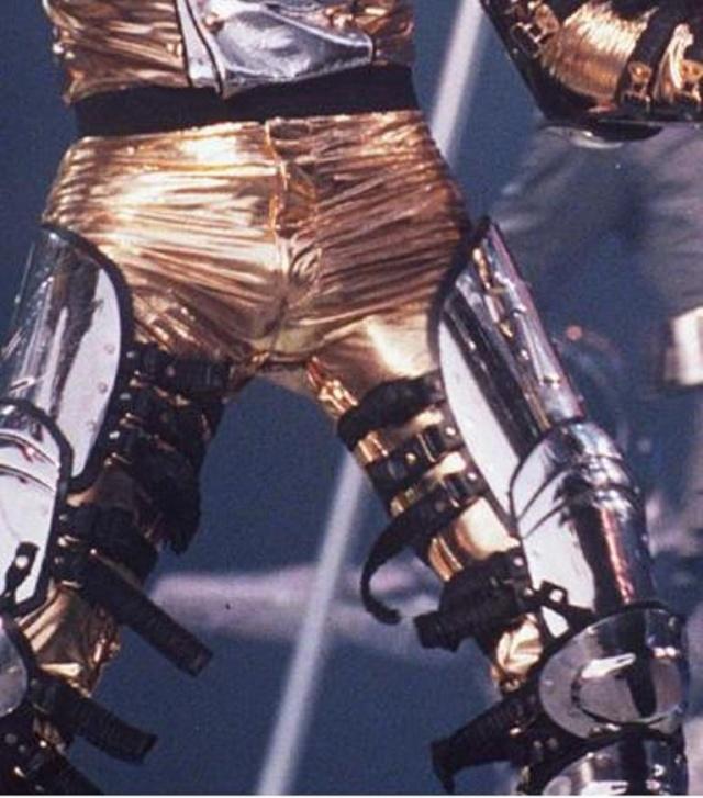 I famosi Gold Pants - Raccolta for PDA fan's club - Pagina 40 088m12