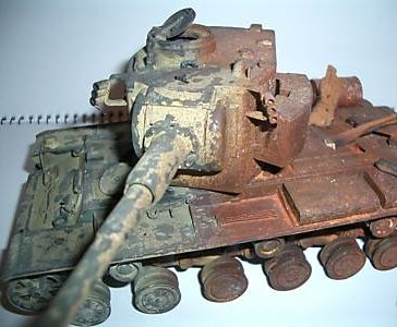 I am trying my best to make a proper knoked out model KV2 Tiger in this case Kv2_ti11