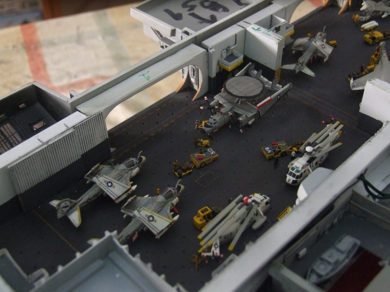 My new project..USS Nimitz CVN 68 1976  - Page 6 Dscf8439