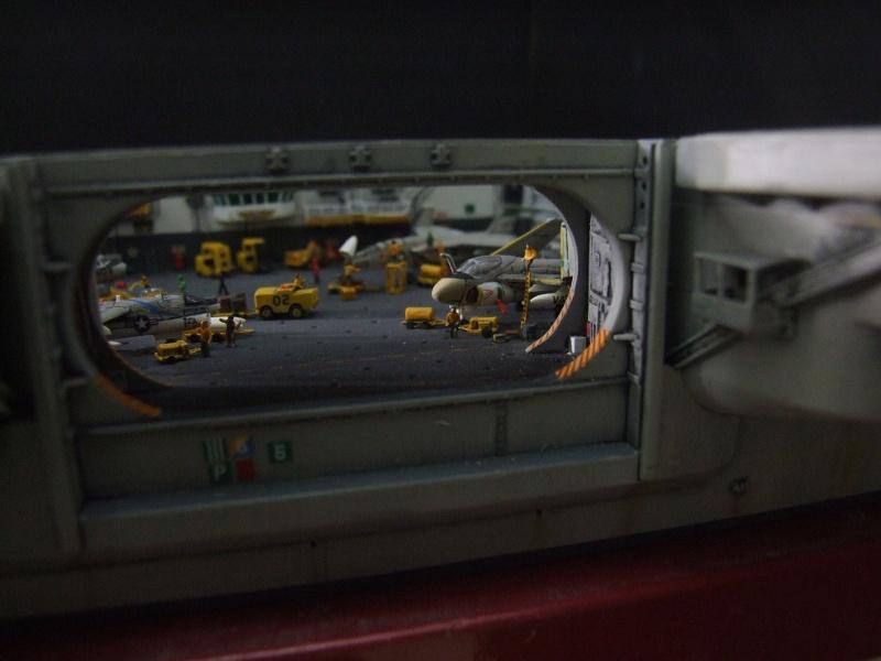 My new project..USS Nimitz CVN 68 1976  - Page 6 Dscf8444