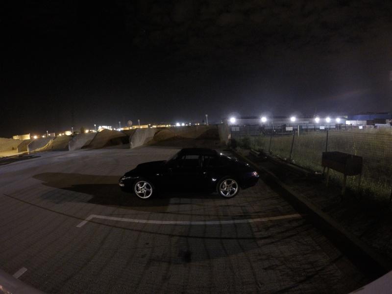 Tout petit shooting de nuit ...993 bleue Gopr3910